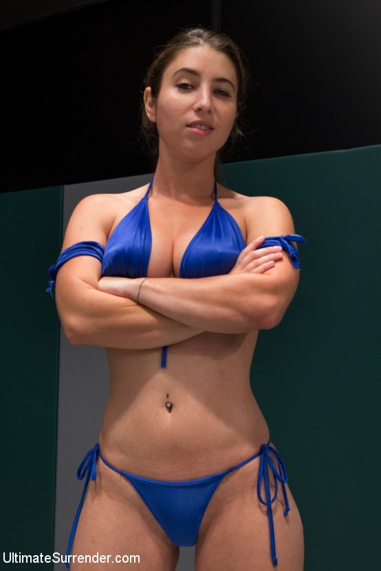 Kink 'FEATHERWEIGHTS get hot and messy on the mat.' starring Cassandra Nix (Photo 2)