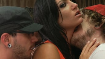 Cassandra Nix in 'The Frat Party: Starring Cassandra Nix in her FIRST GANGBANG! 12 guys'