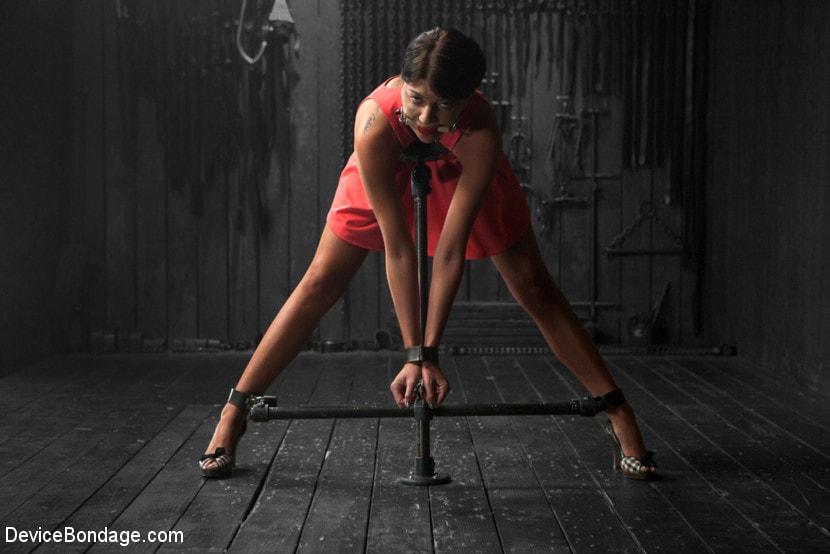 Kink 'Tough As Nails - Cassandra Nix' starring Cassandra Nix (Photo 1)