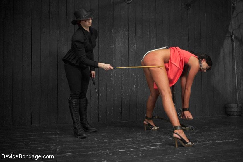 Kink 'Tough As Nails - Cassandra Nix' starring Cassandra Nix (Photo 16)