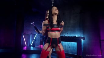Chanel Preston in 'Electro Initiates Kira Noir!'