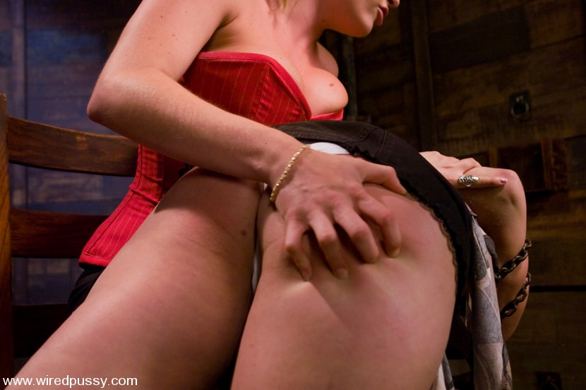 Kink 'Charlotte Vale, Harmony and Princess Donna Dolore' starring Charlotte Vale (Photo 2)