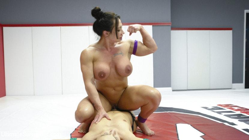Kink 'muscle Goddesses Battle on the mats' starring Cheyenne Jewel (Photo 5)