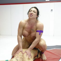 Cheyenne Jewel in 'Kink' muscle Goddesses Battle on the mats (Thumbnail 15)