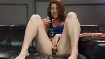 CiCi Rhodes in 'Cici shows us the power of her orgasms from ass and pussy FuckingMachines'