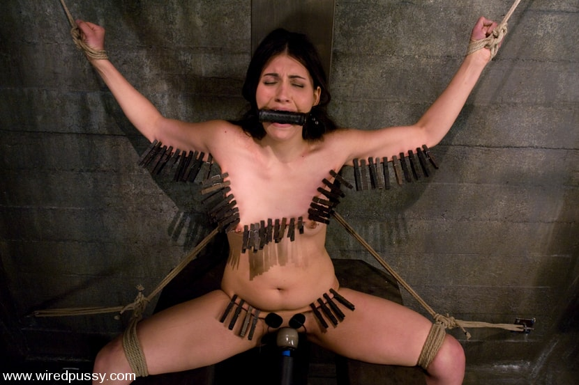 Kink 'and Jade Indica' starring Claire Adams (Photo 7)