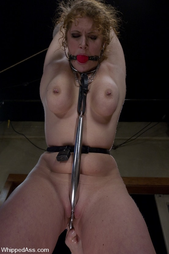 Kink 'Outfoxed' starring Claire Adams (Photo 12)