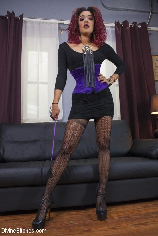 Kink 'Drown in my squirt, slaveboy!' starring Daisy Ducati (Photo 6)