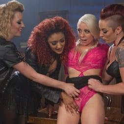 Daisy Ducati in 'Kink' Dyke Bar 2: Lorelei Lee Devoured by Hot Horny Lesbians! (Thumbnail 8)