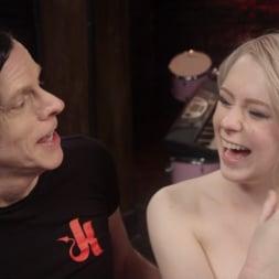 Anna Tyler に 'Kink' セックスのためのファストロープボンデージ (サムネイル 14)