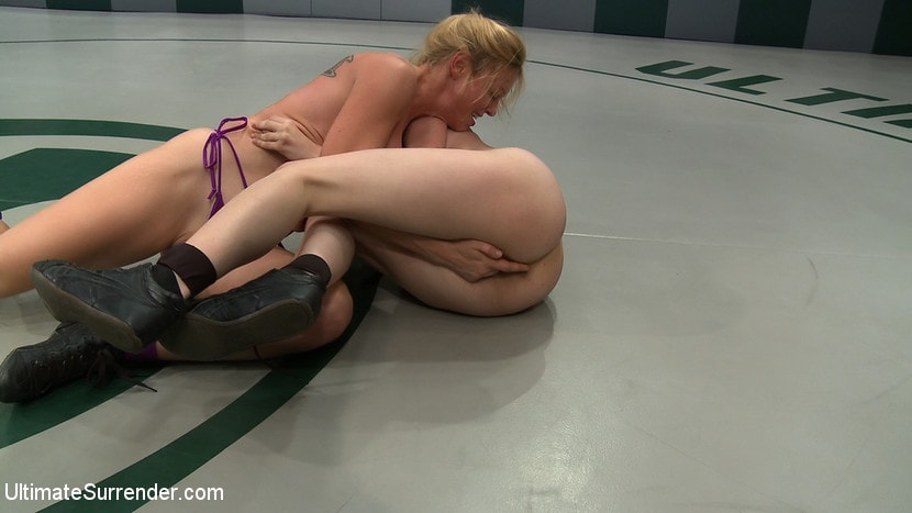 Kink '2 wrestlers with HUGE tits, non-scripted wrestling Blond destroys red head fucks her like a whore' starring Darling (Photo 16)