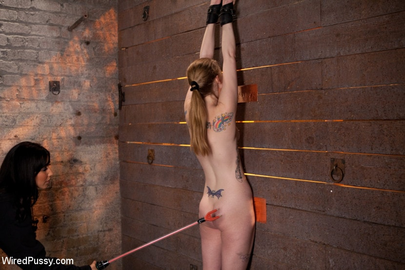 Kink 'Isis Love Torments Innocent Sub with Electricity' starring Ela Darling (Photo 13)