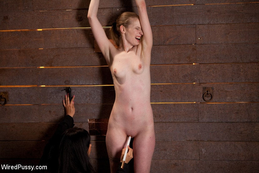 Kink 'Isis Love Torments Innocent Sub with Electricity' starring Ela Darling (Photo 14)
