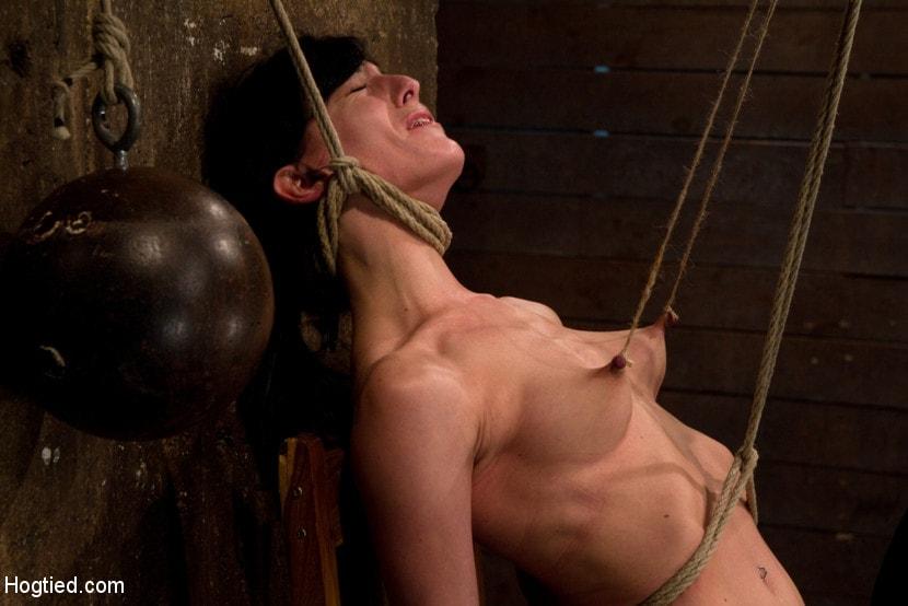 Kink 'Brutal nipple pulling, slow strangulation, extreme back arching Made to cum so hard, so often.' starring Elise Graves (Photo 3)