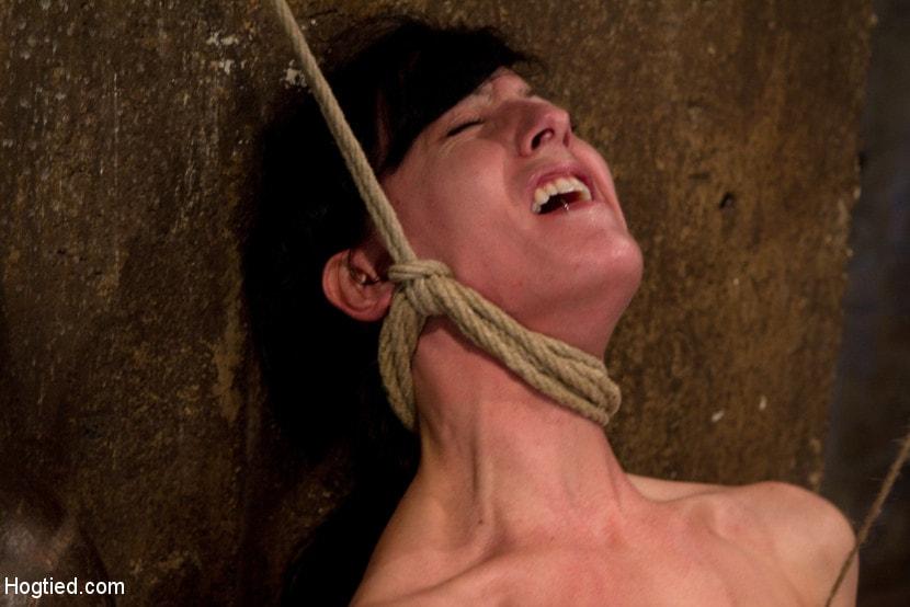 Kink 'Brutal nipple pulling, slow strangulation, extreme back arching Made to cum so hard, so often.' starring Elise Graves (Photo 5)