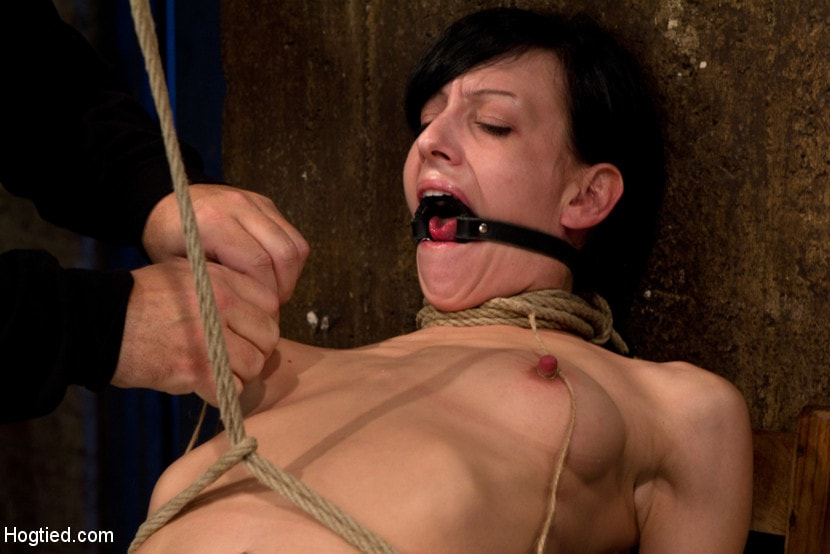 Kink 'Brutal nipple pulling, slow strangulation, extreme back arching Made to cum so hard, so often.' starring Elise Graves (Photo 13)