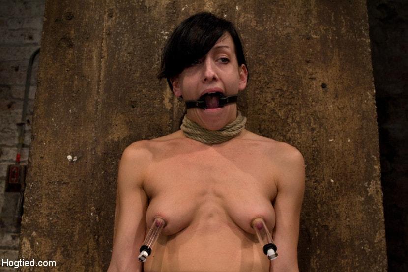 Kink 'Brutal nipple pulling, slow strangulation, extreme back arching Made to cum so hard, so often.' starring Elise Graves (Photo 14)