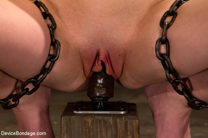 Kink 'Hazing Emma - Trial of a Cunt that Could' starring Emma Haize (Photo 4)