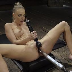 Emma Hix in 'Kink' Emma Hix: Hot Blonde Gets Machine Fucked Live (Thumbnail 6)