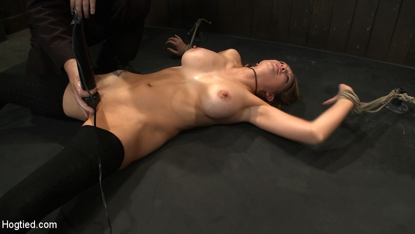 Kink 'ORGASMAGEDDON: Part 14 The beginning of 2 girls who will almost literally be orgasmed to death.' starring Felony (Photo 18)