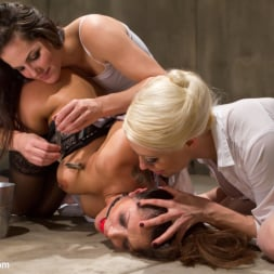 Francesca Le in 'Kink' Doctor Francesca Le is Double Penetrated! (Thumbnail 4)
