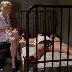 Francesca Le in 'Kink' Doctor Francesca Le is Double Penetrated! (Thumbnail 17)