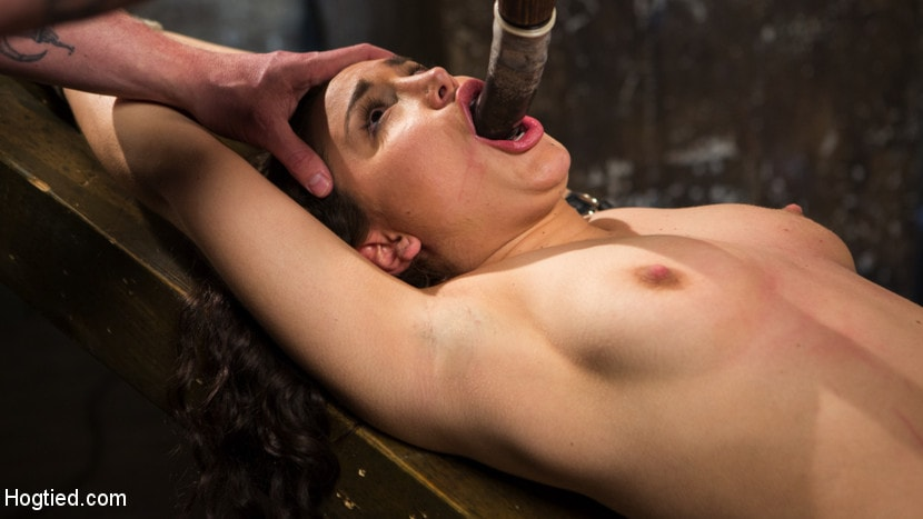 Kink 'Super Slut is Subjected to Brutal Torment and Bondage!' starring Gabriella Paltrova (Photo 3)