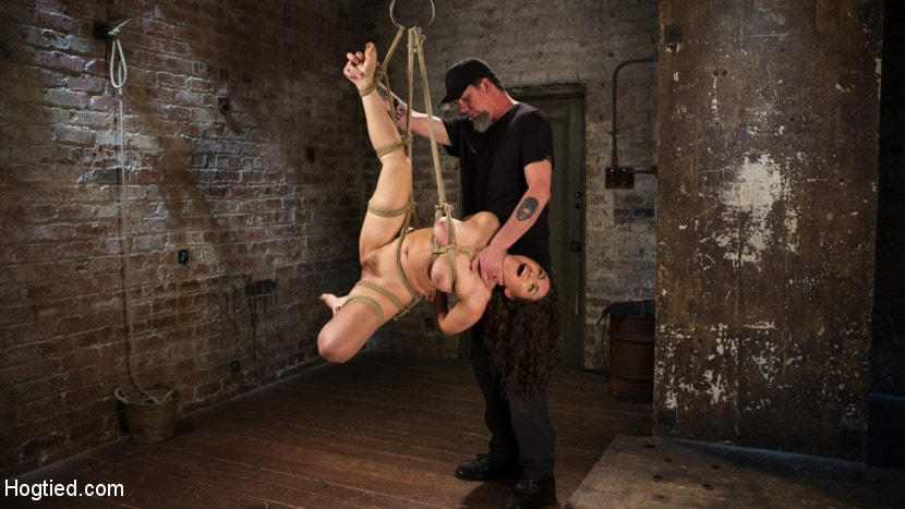 Kink 'Super Slut is Subjected to Brutal Torment and Bondage!' starring Gabriella Paltrova (Photo 13)