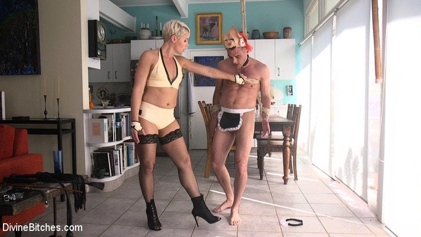 Kink 'Takes Down The Douchebag' starring Helena Locke (Photo 5)