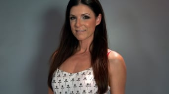 India Summer in 'Hubba Hubba The MILF of Summa: India Summer'