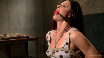 India Summer - MILF of the Year India Summer!