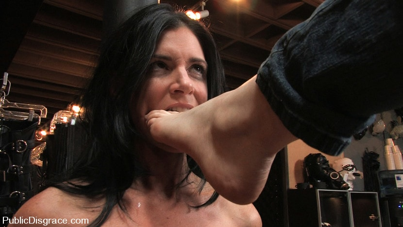 Kink 'Piece of Cake' starring India Summer (Photo 16)
