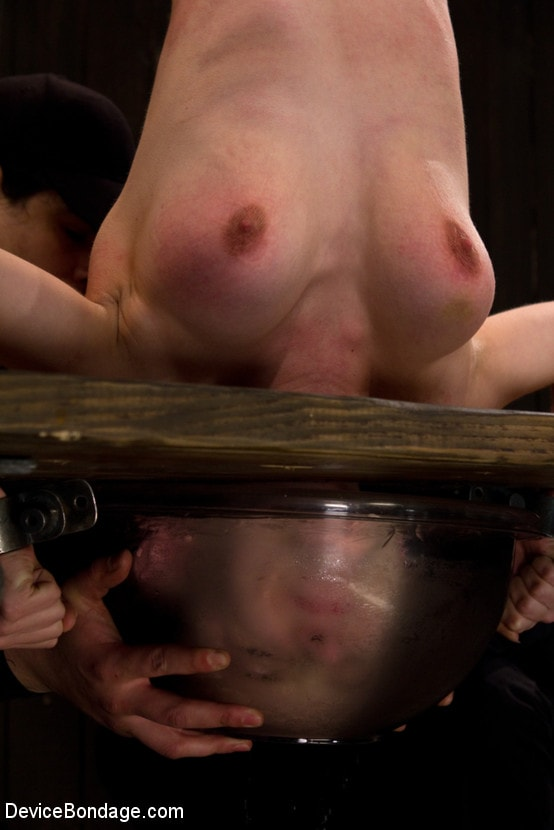 Kink 'The Ice Cold Orgasms' starring Iona Grace (Photo 2)