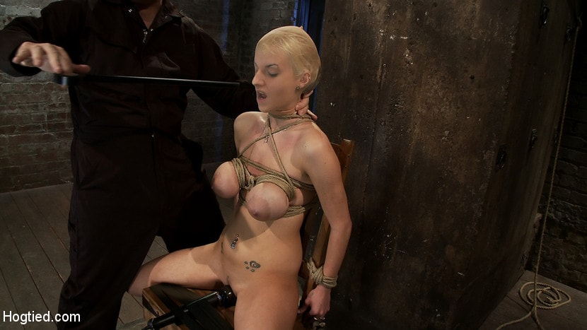 Kink 'BONDAGE TUTORIAL: How to properly do a chair tie, we also teach you the secret of the INSEX mask' starring Isis Love (Photo 15)
