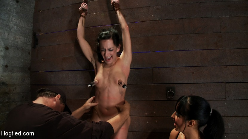 Kink 'Brutalize her with a massive dose of tickling. Boy does she hate every second! C5 suspension' starring Isis Love (photo 12)