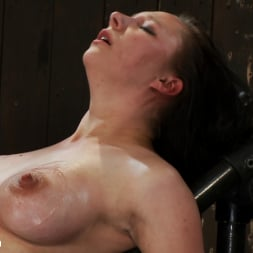 Isis Love in 'Kink' Part 2 of 4 of the May Live show. (Thumbnail 5)