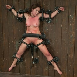Isis Love in 'Kink' Part 2 of 4 of the May Live show. (Thumbnail 9)