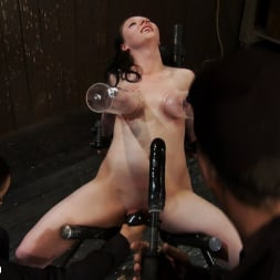 Isis Love in 'Kink' Part 2 of 4 of the May Live show. (Thumbnail 16)