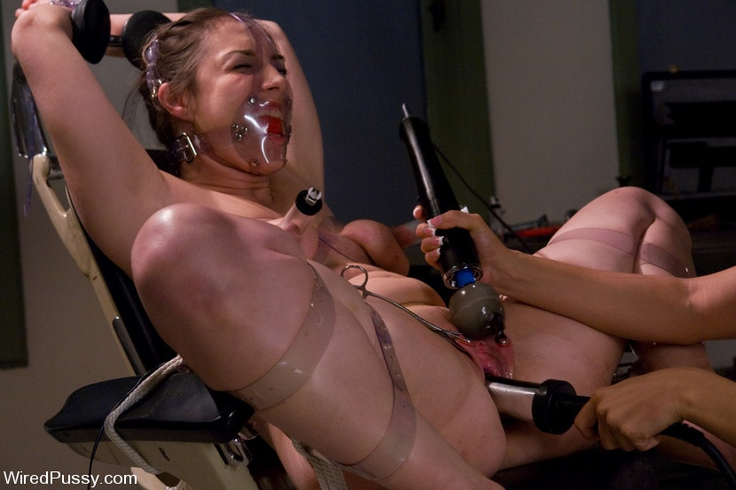 Kink 'Sister Dee and Isis Love get nasty in the doctor's office' starring Isis Love (Photo 16)
