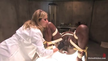Maitresse Madeline - Sperm Extraction