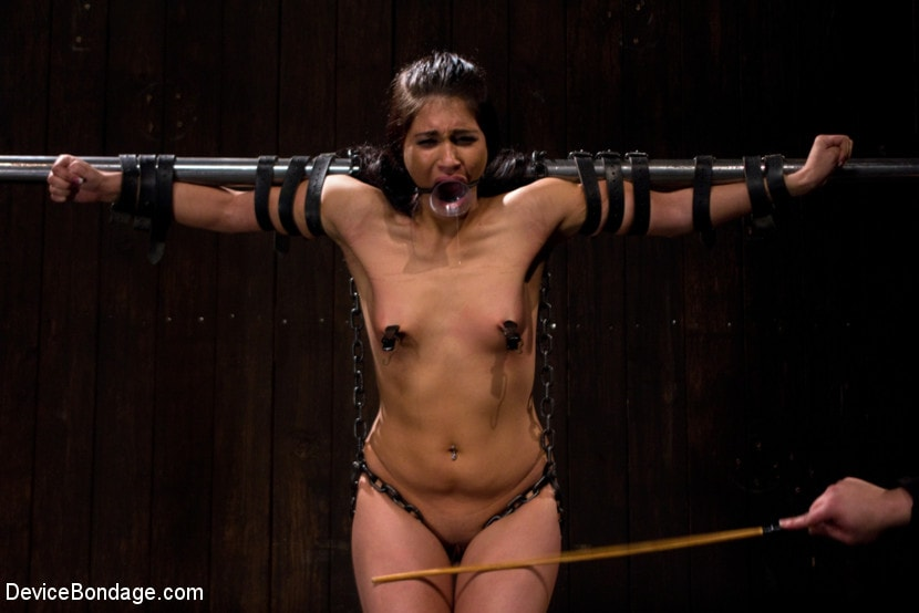 Kink 'She Came to Play, I Played Her to Cum.' starring Jade Indica (Photo 16)