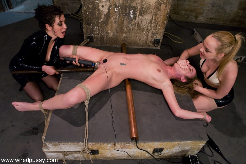 Kink 'Double Teamed!!!' starring Jade Marxxx (Photo 8)
