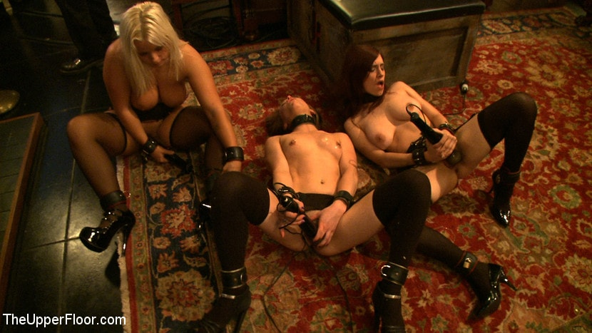 Kink 'Service Day: Pain Processing' starring Jessie Cox (Photo 11)