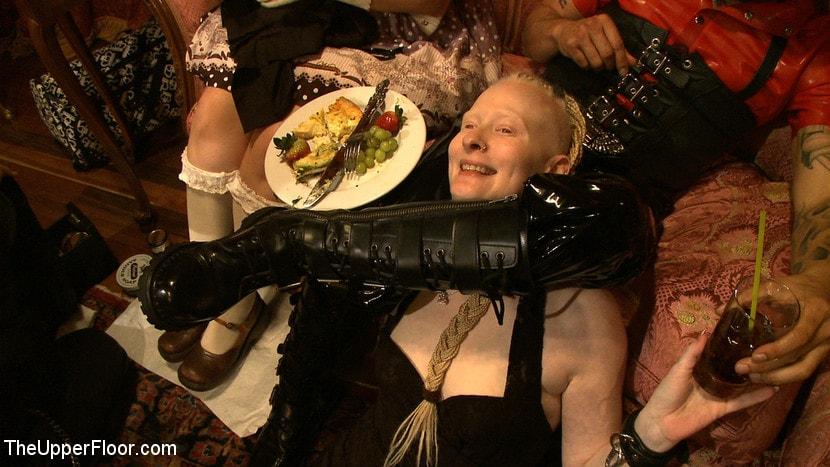 Kink 'Stefanos' Brunch' starring Jessie Cox (Photo 20)