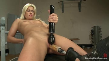 Jessie Volt - She's a Maniac a Maniac on the MACHINES: French BABE 40 Orgasms DEEP