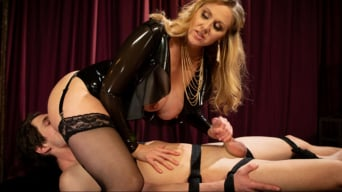 Julia Ann in 'Latex Goddess Julia Ann Dominates Dripping Cock Whore'