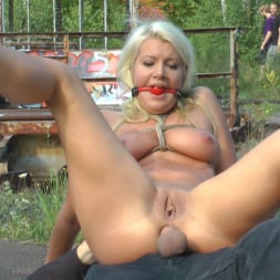 Juliette March in 'Kink' Cheap Whore Sells Her Gaping Hole to the Lowest Bidder (Thumbnail 26)