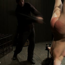 Juliette March in 'Kink' Tight Cunt, Tight Body, Inverted (Thumbnail 6)