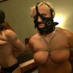 Kait Snow in 'Kink' Service Day: Bunks (Thumbnail 19)