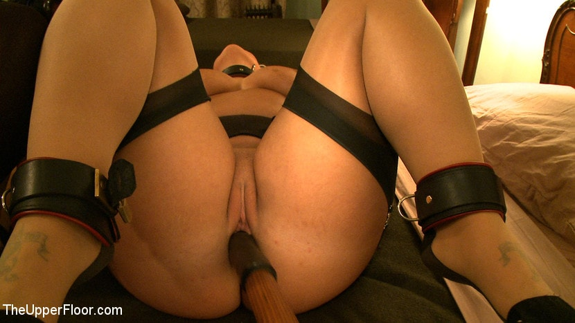 Kink 'Service Day: Slave Consort' starring Kait Snow (Photo 14)